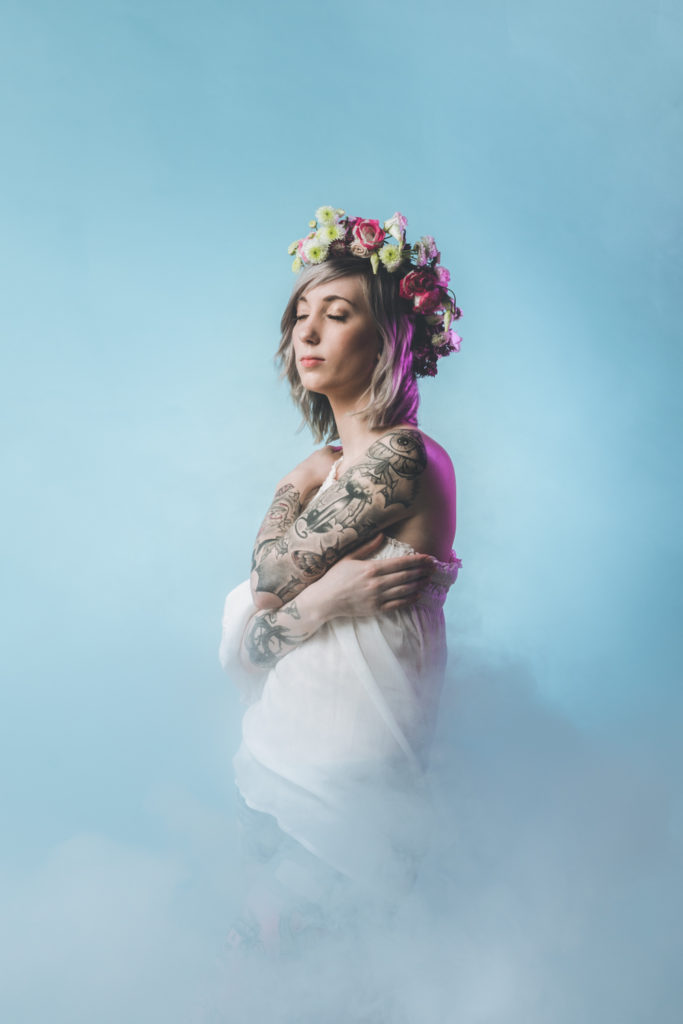 DIY couronne de fleurs fraiches - www.lesyeuxbleus.net - Paloma Barret