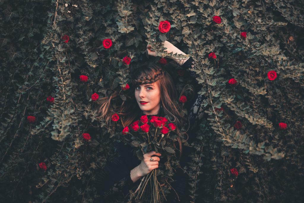 Un Halloween féérique - Les roses pourpres - by Paloma Barret - www.lesyeuxbleus.net